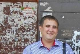Paul, 33 - Just Me