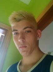 Borja , 21, Spain, Arona