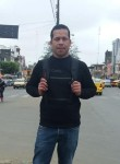 Frank, 18  , Quito