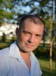 Yuriy, 42, Ikryanoye