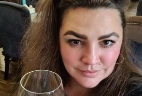 Yuliya, 37 - Just Me