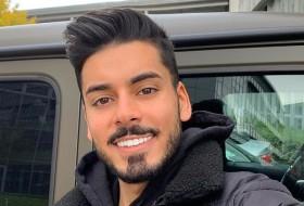 Abbas, 19 - Just Me