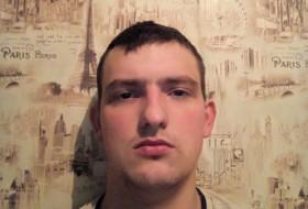 Vitaliy, 20 - Just Me