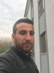 Nurettin , 30  , Istanbul