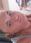 Laura, 18  , Salerno
