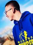 Josh, 18  , Santa Fe
