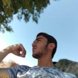 مالك اسماعيل, 21  , I