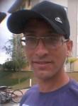 Fernando, 33, Belo Horizonte