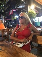 Lora, 59, Russia, Saint Petersburg