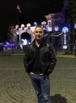 Victor, 31  , Marseille 01