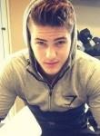 Karim, 19  , Suresnes