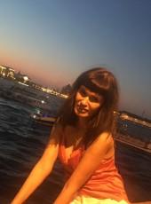 Olga, 44, Russia, Saint Petersburg