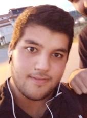 İslam, 18, Turkey, Istanbul