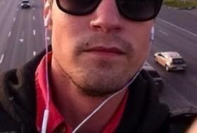 Artem, 34 - Just Me
