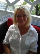 Albina, 66, Canada, Montreal
