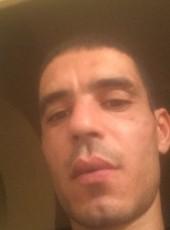 ghandour, 33, France, Vendome