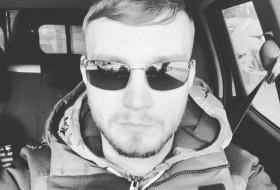 Vitaliy, 32 - Just Me