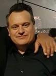 Mike Hes, 49  , Arnhem