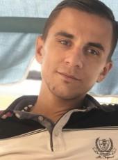 Pesi, 28, Albania, Tirana