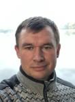Aleksandr Komar, 39, Moscow