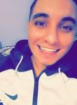 Ilyass , 18  , Casablanca