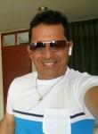 Javier , 50  , Cali