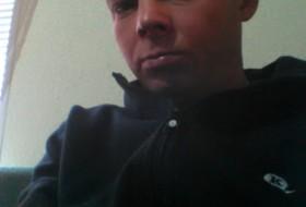 Maksim, 34 - Just Me