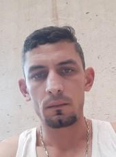 Alexandru, 31, Romania, Pietrosani