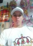 Luis, 22, Bogota