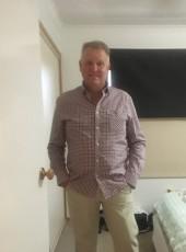 Robin, 52, Australia, Brisbane