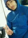 Mehmet, 20  , Les Clayes-sous-Bois