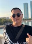 Oleg, 38, Astana