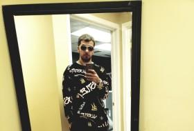 Cody, 25 - Just Me
