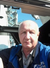 Valentin, 57, Russia, Omsk