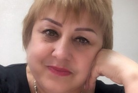 GALINA, 55 - Just Me