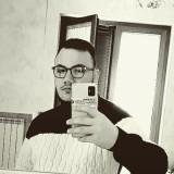 Vincenzo , 18  , Frattamaggiore