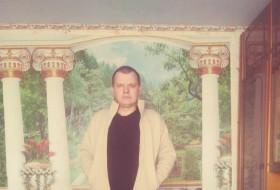 Dmitriy Sokirka , 41 - Just Me