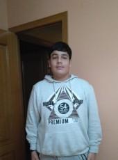Daniel, 20, Spain, Villaverde