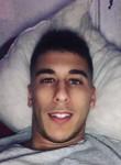 hakim, 23  , Villejuif