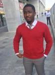 Ray, 25, Dubai