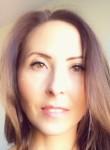 Lena, 36  , Saint Petersburg