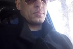 Vitaliy, 33 - Just Me