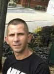 István, 32  , Abony