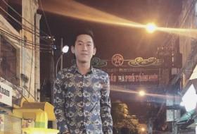 Hưng, 25 - Just Me
