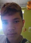Lucas , 18  , Campo Mourao