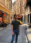 Roman, 22, Saint Petersburg