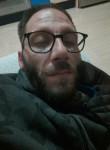 José, 41  , La Union