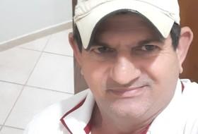 Zeu, 53 - Just Me