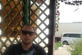 Martun, 34 - Just Me