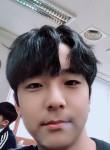 김태현, 18  , Suwon-si